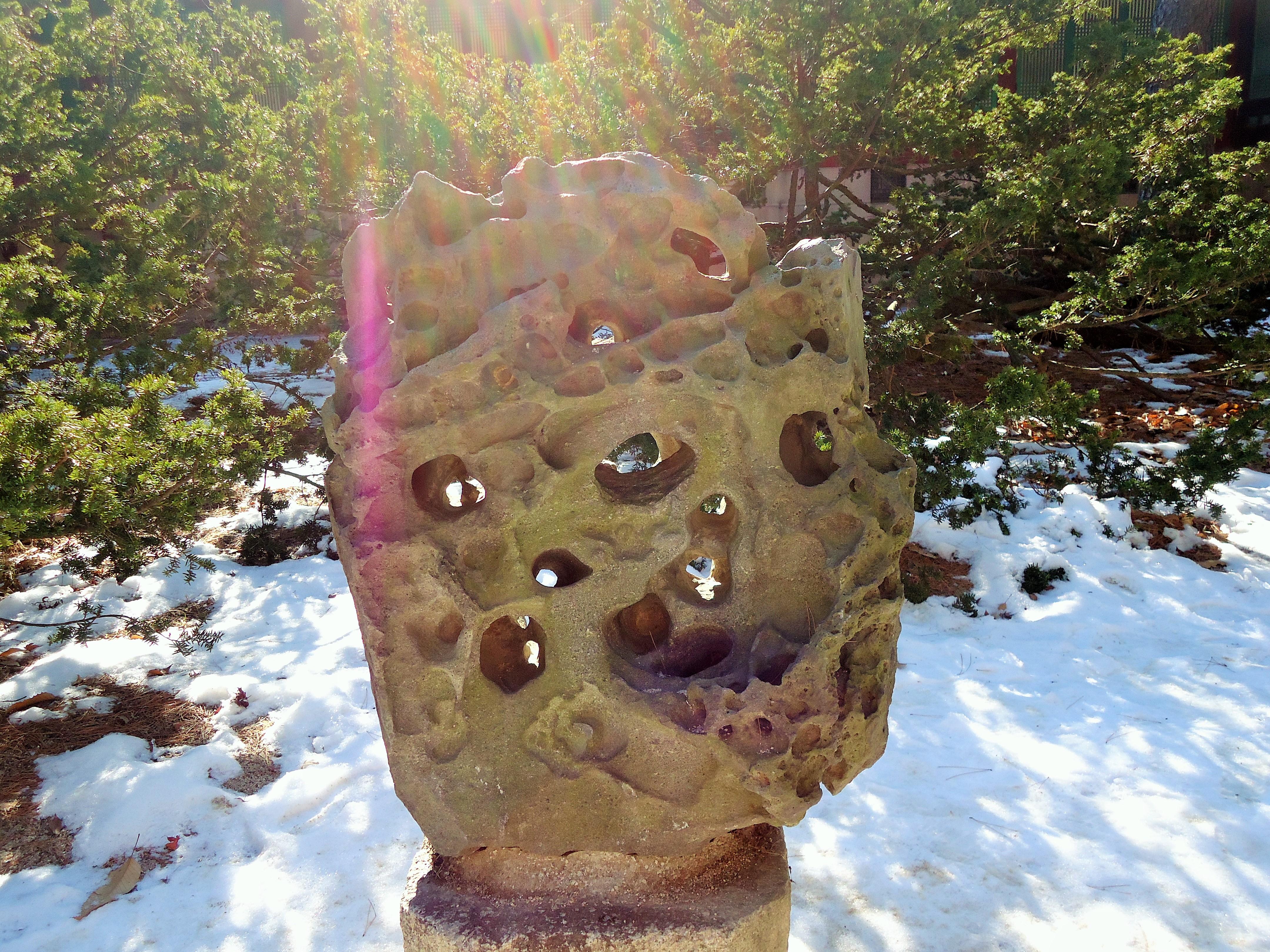 А камень с дыркай испалняет жилания